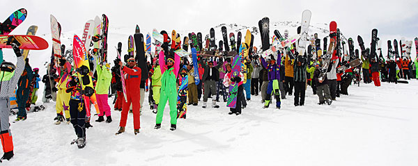 Old-School Snowboard Event
